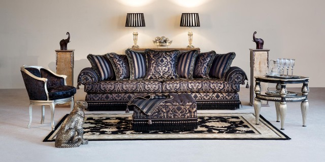 08camelot-scatter-back-sofa