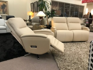 Reclining chair and sofa suite